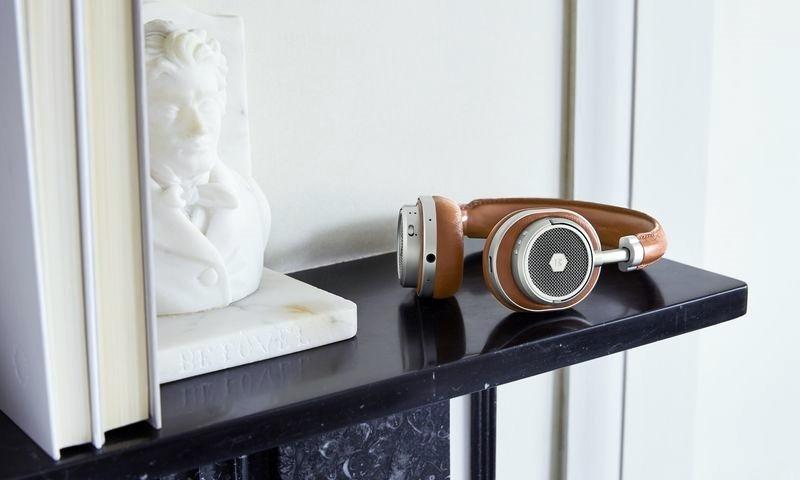 Master & Dynamic ra mắt tai nghe Bluetooth thứ 2 mang tên MW50