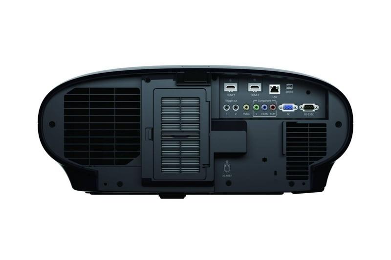 Epson tung ra thị trường máy chiếu hi-end 4K EH-LS10500