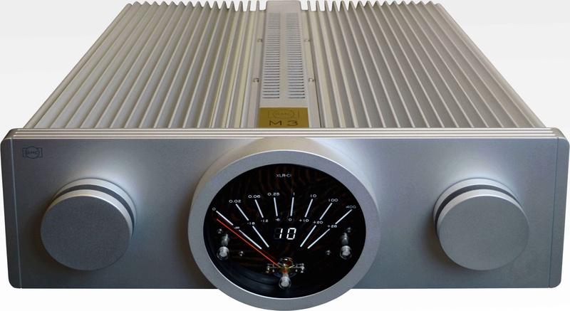 B.M.C. giới thiệu các ampli công suất mới, có cả mạch volume