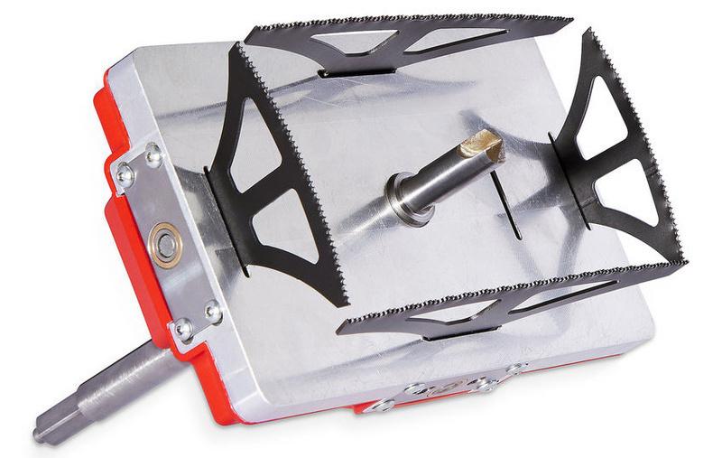 Quadsaw: Tạo lỗ vuông trong tích tắc chỉ bằng một… mũi khoan