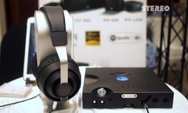 Bộ giải mã âm thanh DAC tích hợp headamp để bàn cao cấp Chord Hugo TT