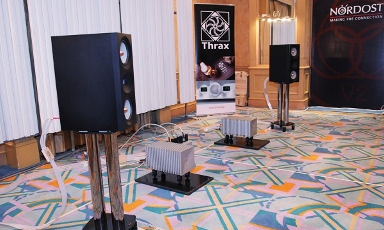 Trọn bộ Thrax Audio: Phòng nghe Aptronics