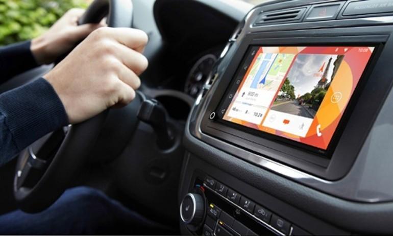Parrot RNB 6 đưa Android Auto và CarPlay vào xe hơi