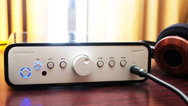 Peachtree Audio giới thiệu SonaDAC, AMP và Shift tại CES 2015