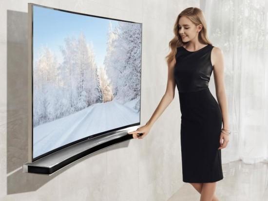 Samsung giới thiệu loạt loa cột và soundbar cong ở CES2015