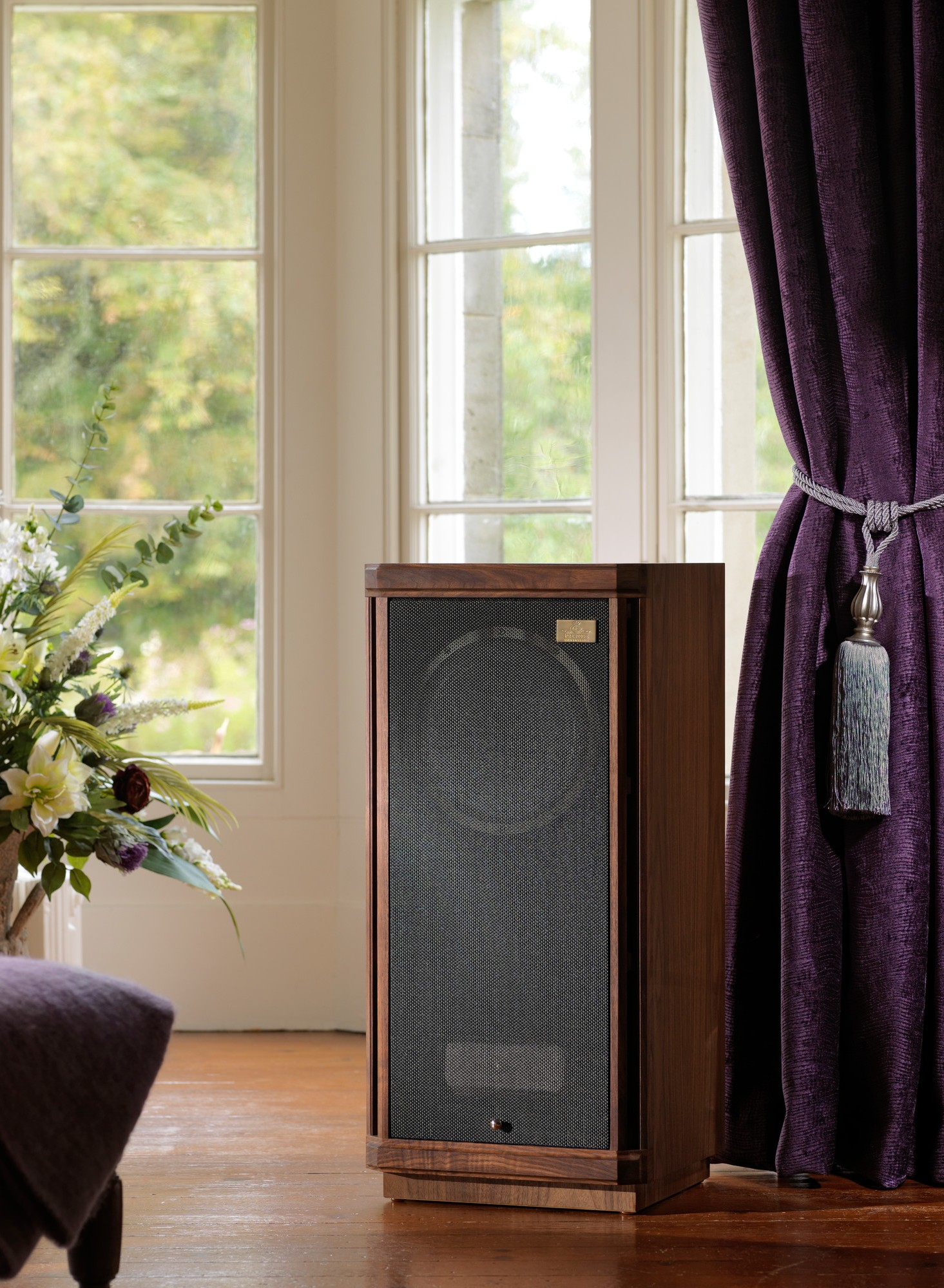 Loa cột Tannoy Stirling Gold Reference