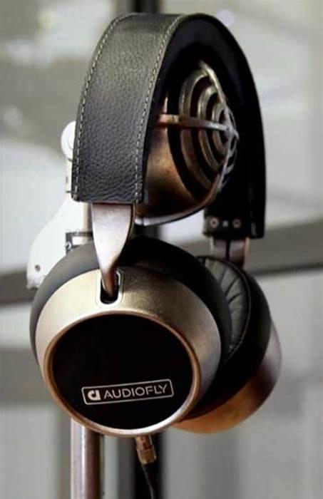 Audiofly đánh dấu cặp tai nghe trùm đầu đầu tiên