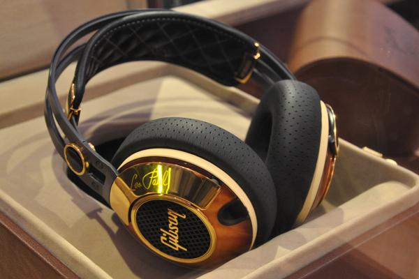 Gibson giới thiệu bộ đôi tai nghe Les Paul mới
