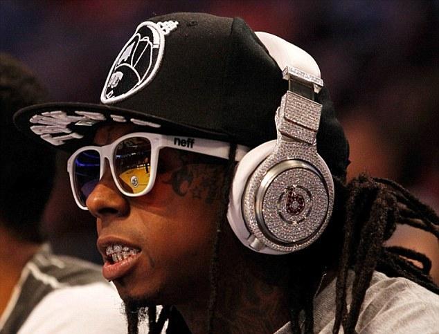 Chi phí sản xuất tai nghe Beats chỉ từ 14 USD