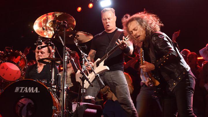 Metallica miễn phí tải album nhạc concert dưới dạng MP3