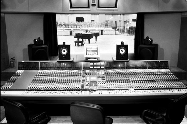 B&W 800 series và bí quyết thành công của Abbey Road Studio