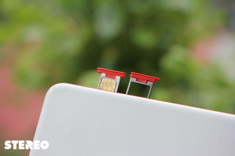 Smartphone HTC Desire Eye: tự sướng đỉnh, chống nước hay