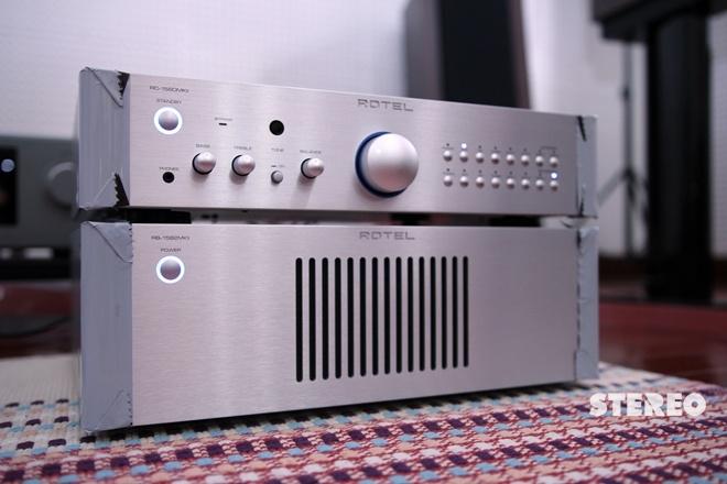 Pre-power Rotel RC 1580 MKII/RB 1582 MKII: Sinh ra cho âm nhạc