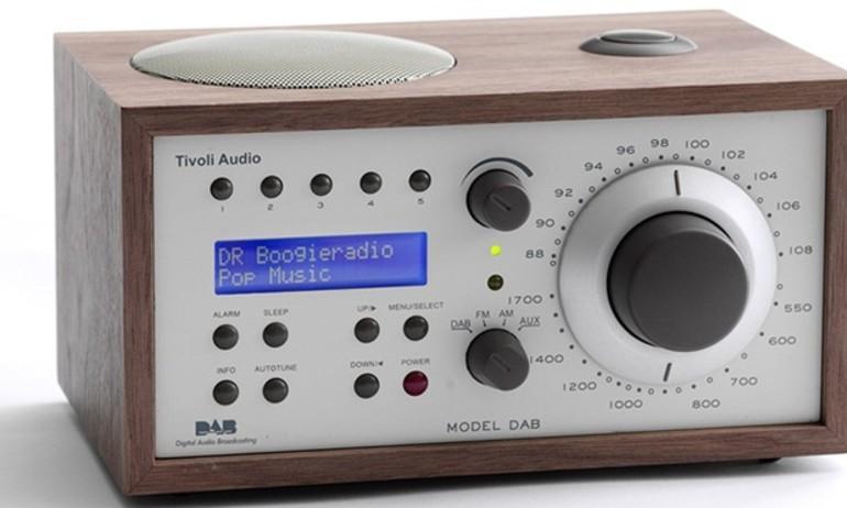Na Uy tiên phong loại bỏ radio sử dụng sóng FM