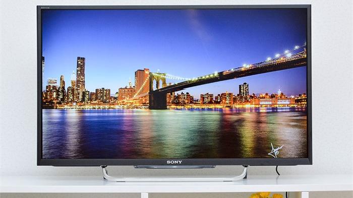 Internet TV Sony W700C: giải trí đa màu sắc