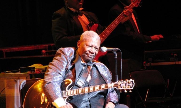 Ông vua nhạc blues B.B.King rời cõi tạm