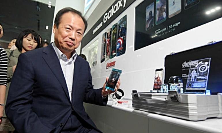 Samsung muốn hiện thực hóa thiết bị trong phim Avengers