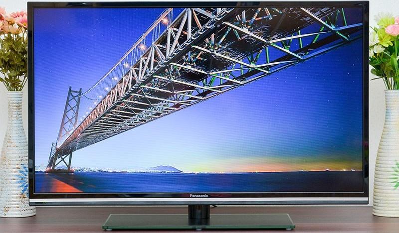 Panasonic A420V: màn hình IPS, thu sóng DVB-T2