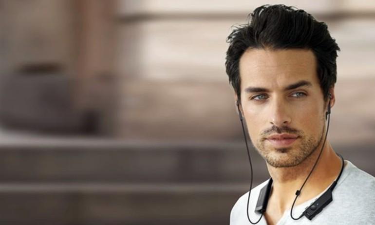 Audio Technica giới thiệu tai nghe Bluetooth đeo cổ