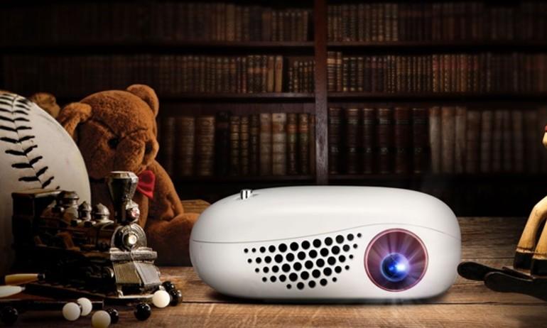 LG giới thiệu máy chiếu di động Minibeam Nano PV150G