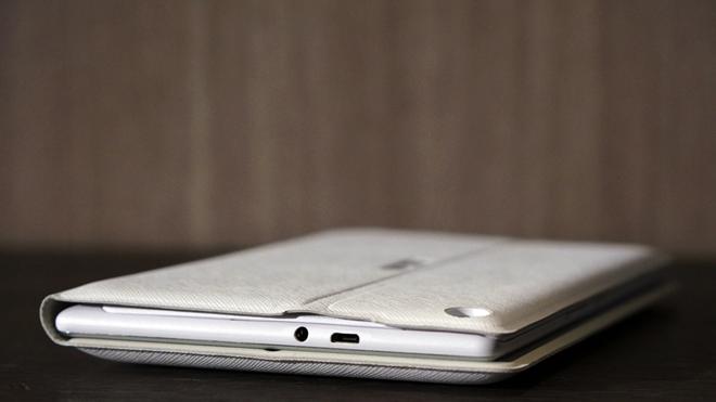 Asus giới thiệu tablet đi kèm 6 loa