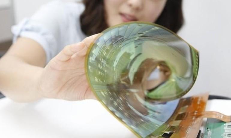LG giới thiệu màn hình OLED có thể cuộn tròn