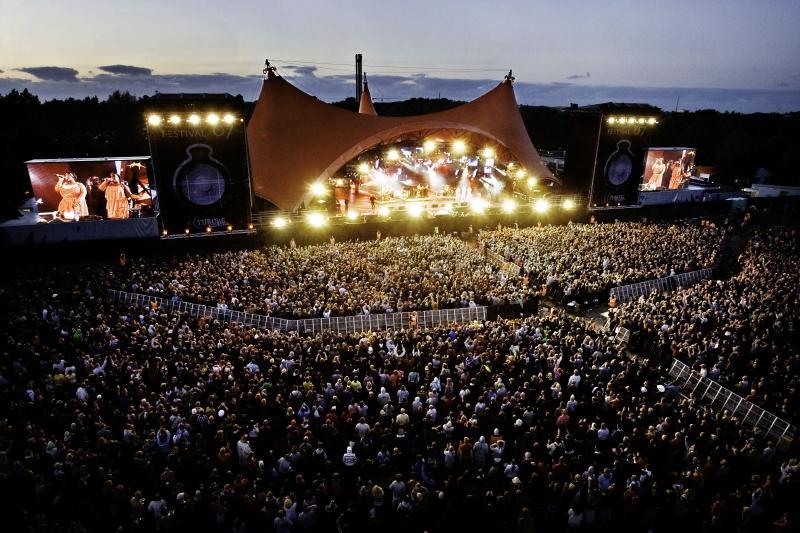 Lễ hội âm nhạc tại Ý vào cửa miễn phí bằng… máu