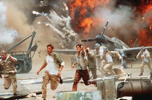 Đạo diễn Transformer – Michael Bay làm phim về khủng bố Hồi giáo