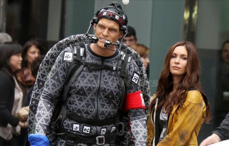 Megan Fox trẻ trung với vai nữ sinh trong 'Ninja Rùa 2'