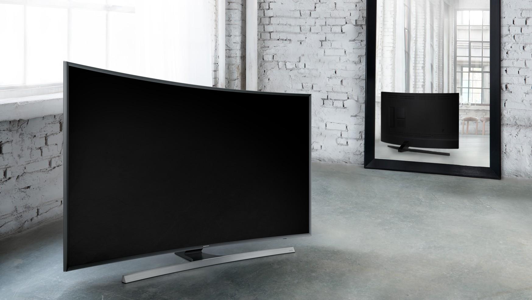 Samsung JU7500: Smart TV, màn hình cong, độ phân giải 4K