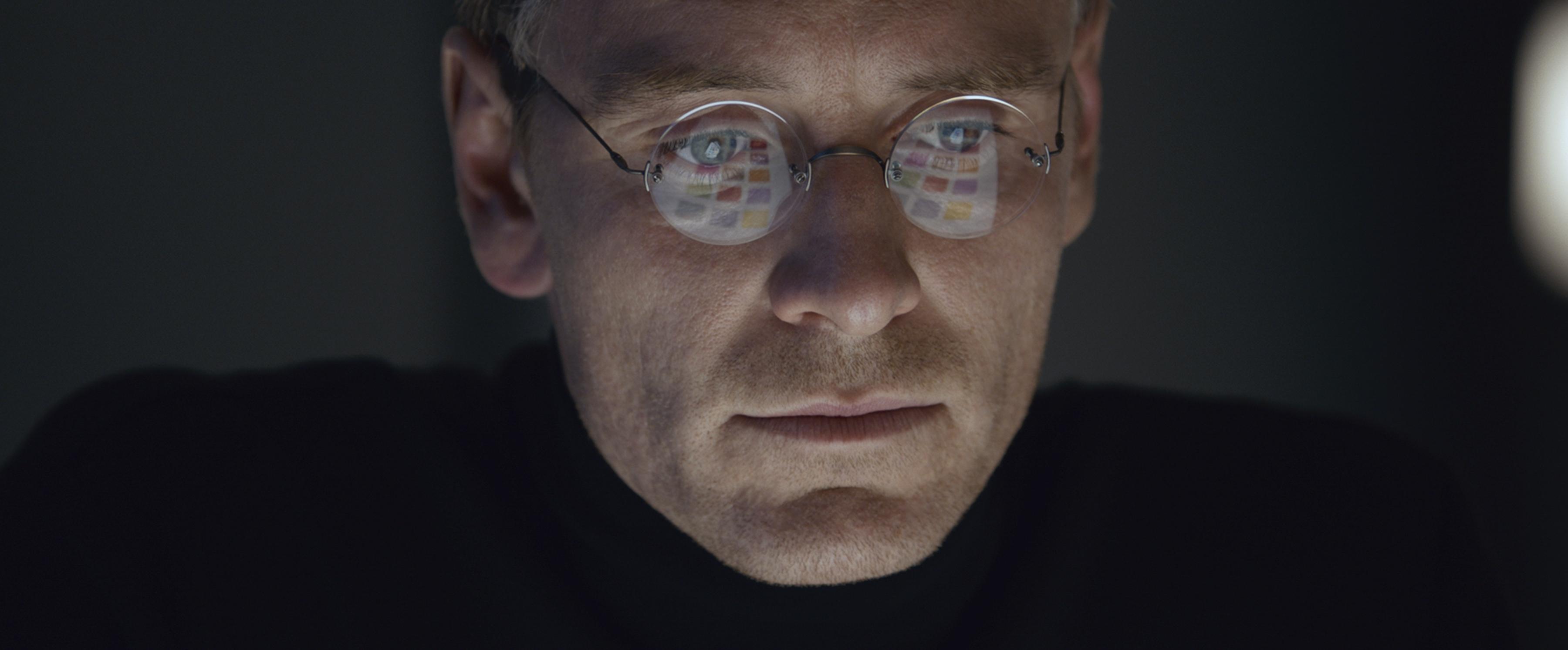 Tiết lộ mối quan hệ đời tư của Steve Jobs trong trailer mới