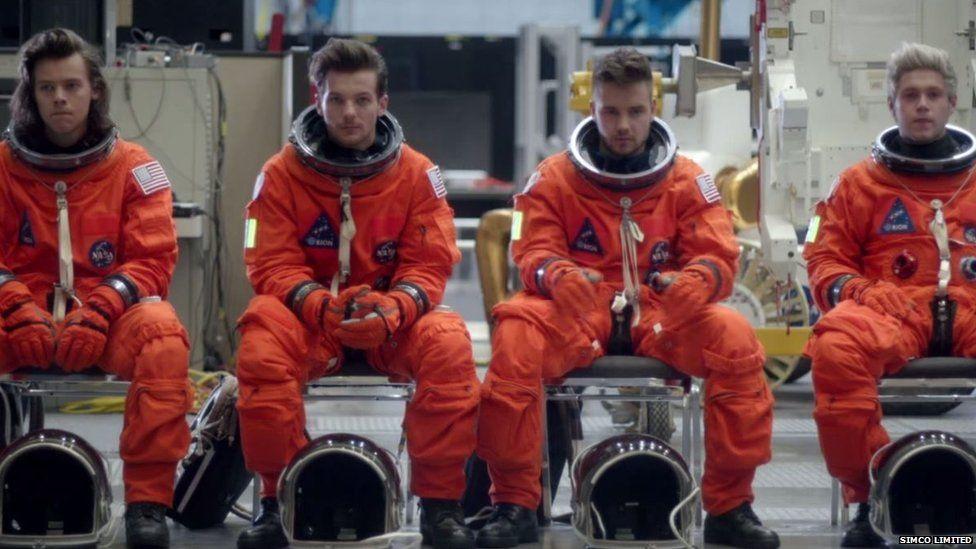 Single mới 'Drag Me Down' của One Direction bị tố đạo nhạc