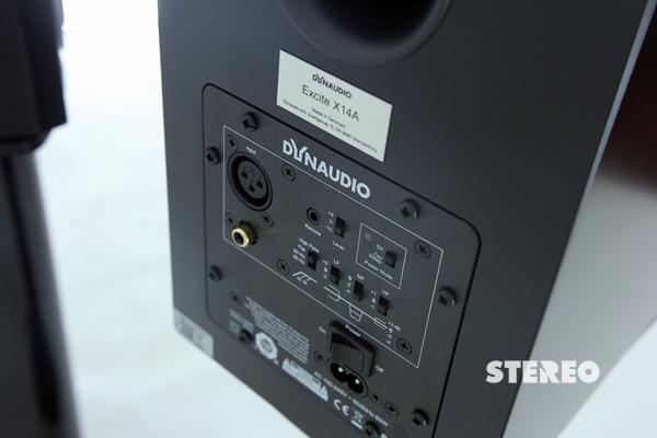Mở hộp loa không dây Dynaudio Excite X14A