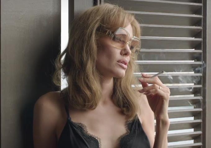 """Brad Pitt và Angelina Jolie """"chiến tranh lạnh"""" trong phim mới"""