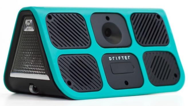 Drifter: loa di động tự nổi, có thể tự phát nhạc