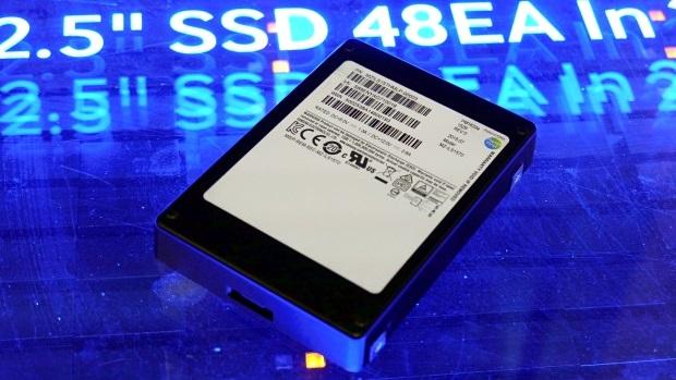 Samsung ra mắt ổ nhớ dạng rắn SSD dung lượng gần 16TB