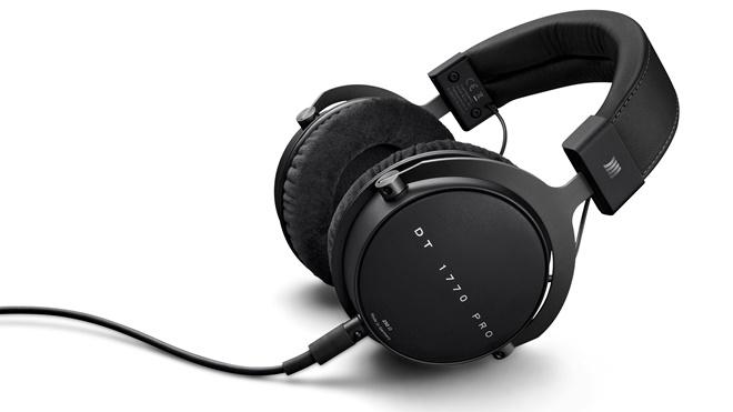 BeyerDynamic ra mắt tai nghe trùm đầu DT1770 Pro