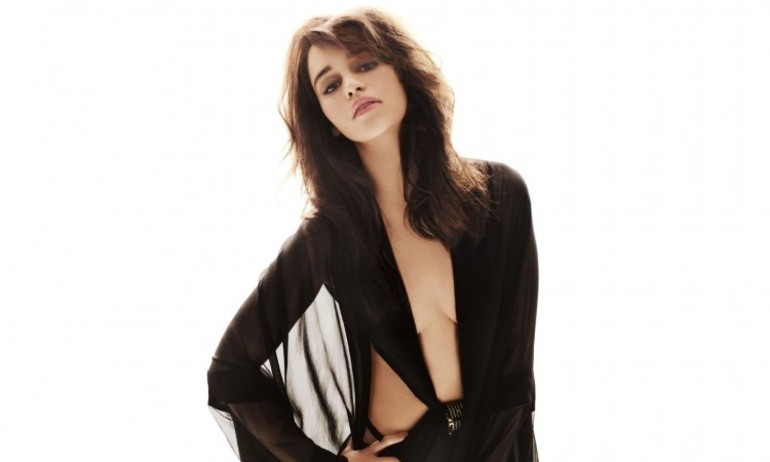"""Emilia Clarke: Không muốn được nhớ tới nhờ """"cảnh nóng"""""""