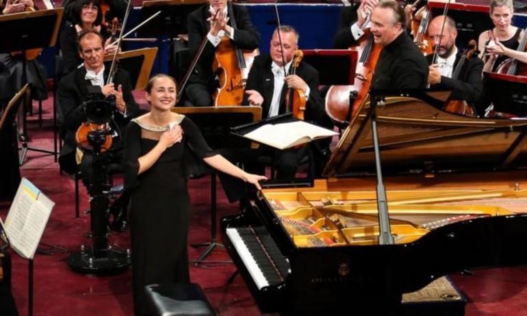 Anna Tcybuleva đoạt giải vàng tại Cuộc thi Piano Leeds 2015