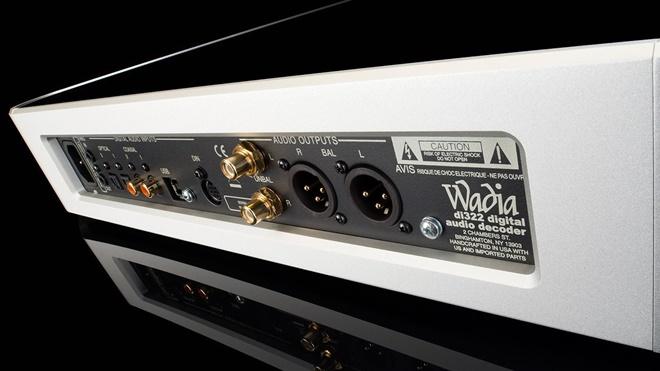 Wadia giới thiệu bộ giải mã di322, chơi được nhạc DSD256