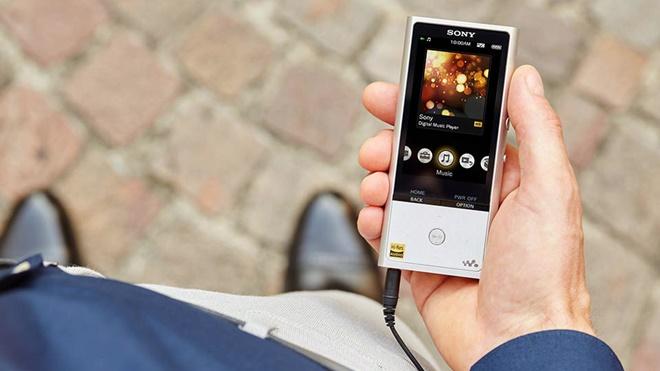 Sony giới thiệu máy nghe nhạc ZX100, lược bỏ Android