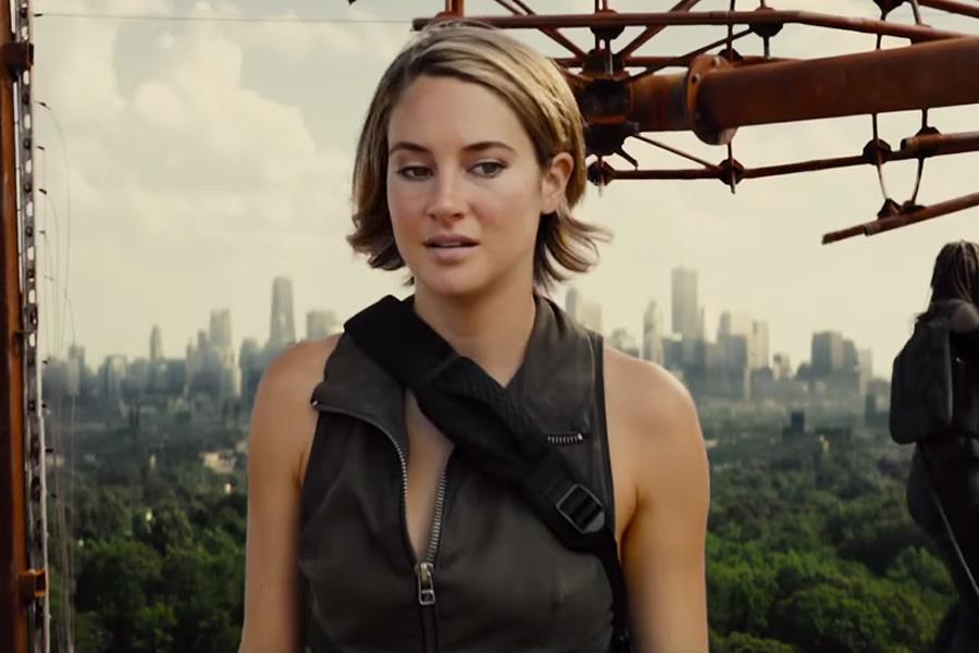 'The Divergent Series: Allegiant'- Bên kia bức tường là gì?
