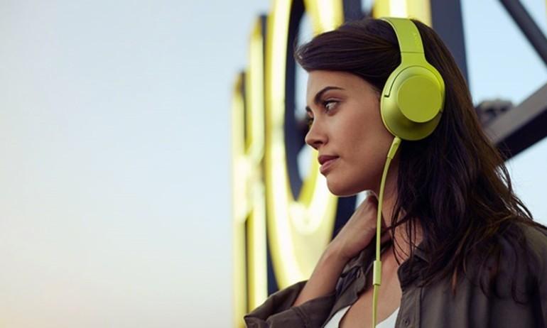 Sony ra mắt đôi tai nghe H.ear và SBH54 không dây