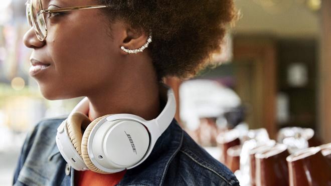 Bose ra mắt tai nghe không dây SoundLink Around-Ear thế hệ 2