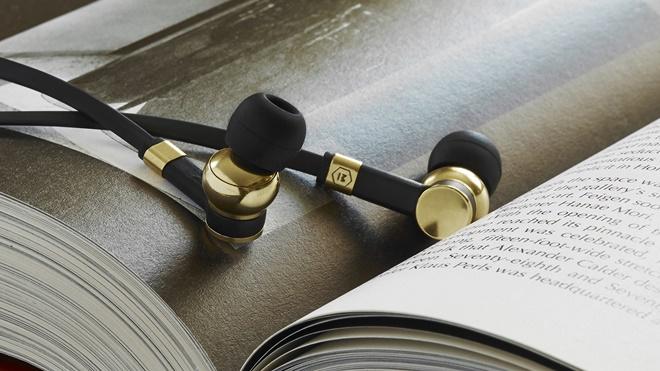 Master & Dynamic chính thức ra mắt tai nghe inear vỏ đồng thau ME05
