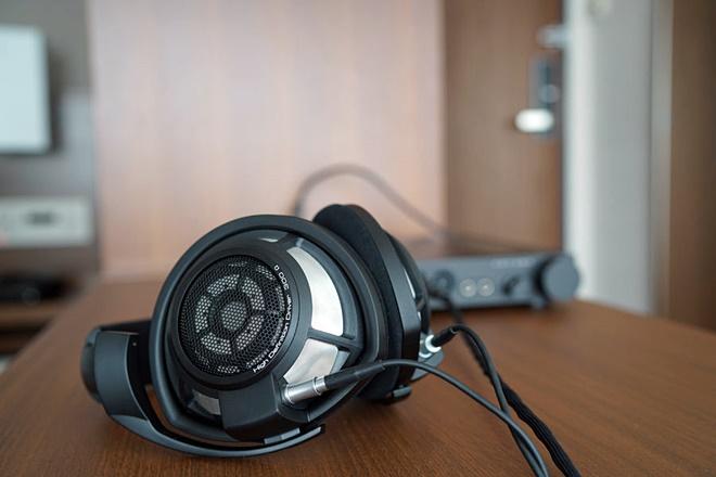 Sennheiser HD800s được nâng cấp lặng lẽ sau 6 năm