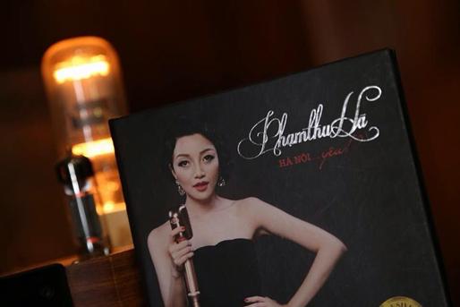 """Phạm Thu Hà ra mắt album """"Hà Nội.. yêu"""" tại TP HCM"""