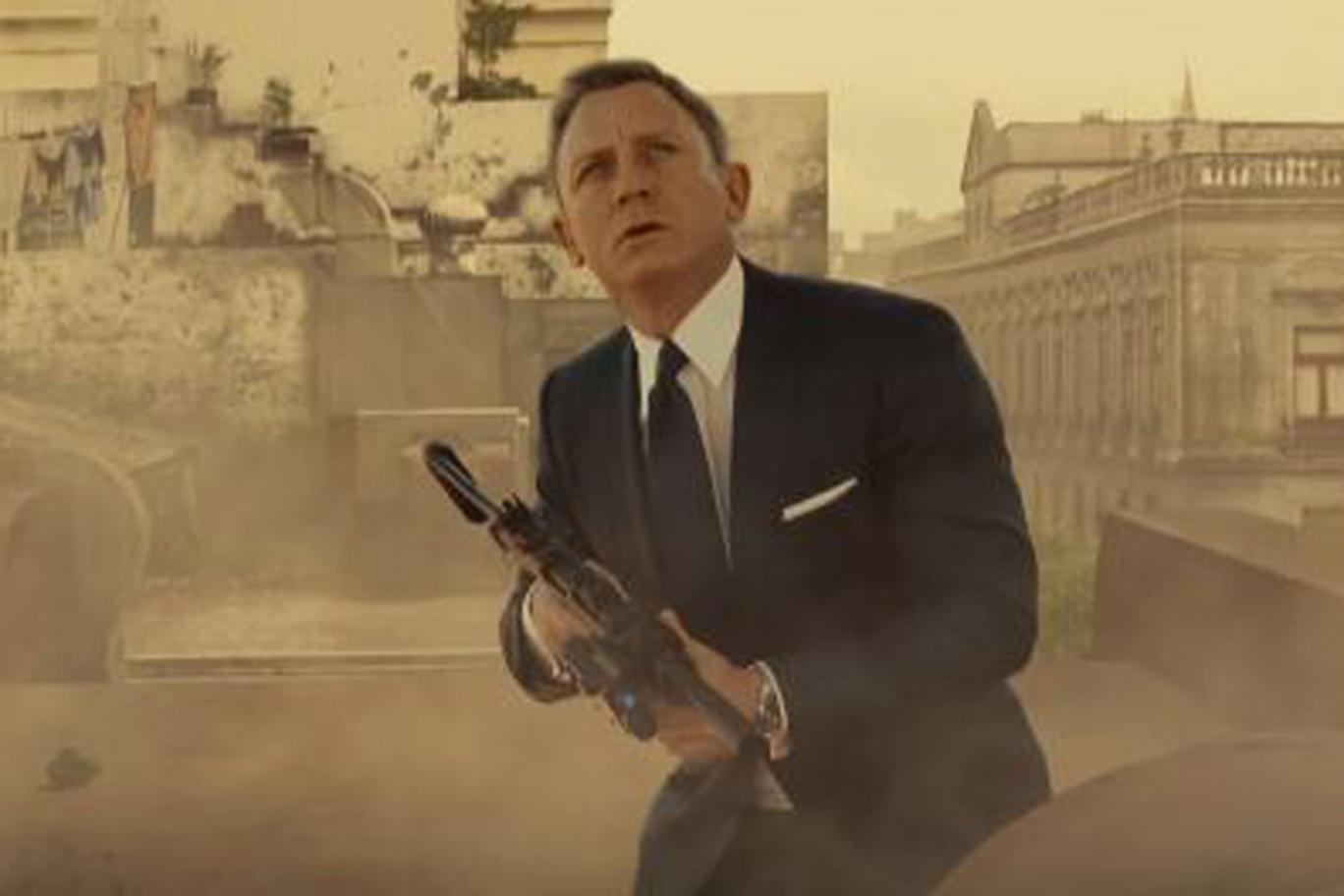 Daniel Craig muốn đóng James Bond đến khi … kiệt sức