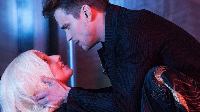 """Choáng với cảnh """"yêu"""" tập thể của Lady Gaga trong phim kinh dị"""