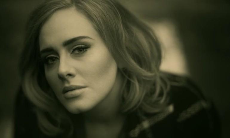 MV 'Hello' của Adele và những kỷ lục đáng kinh ngạc